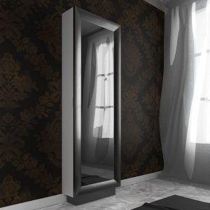 Zapatero con espejo