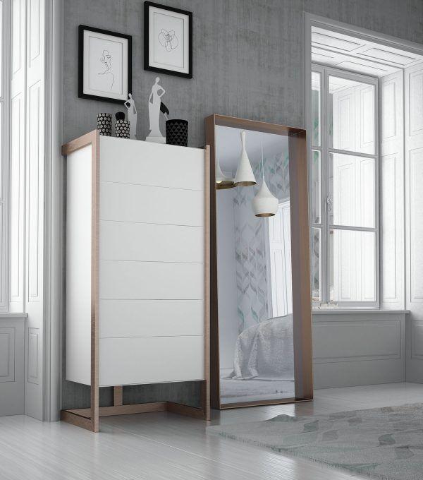 sinfonire y espejo dormitorio