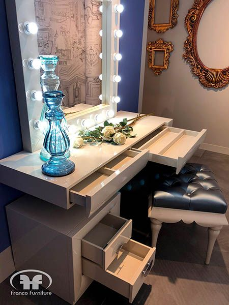 Practical and elegant dressing tables